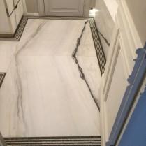 Salle de bains Liserets en mosaïque de marbre