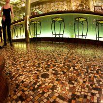 """Restaurant """"Le BOUILLON RACINE"""" Paris, pavement de sol en mosaïque de marbre"""